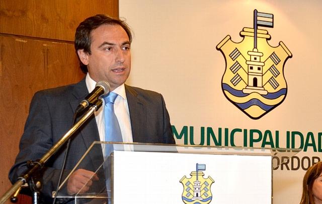El Intendente de Córdobadefiende la ordenanza que limita el uso de azúcar