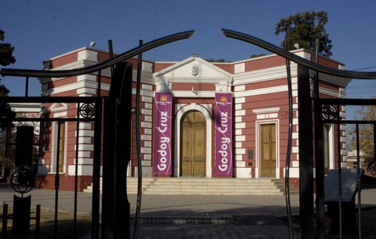 Godoy Cruz construirá y adjudicará un complejo de viviendas