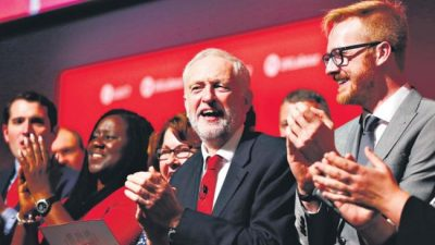 """Inglaterra: Corbyn dijo que está """"en la antesala del gobierno"""""""