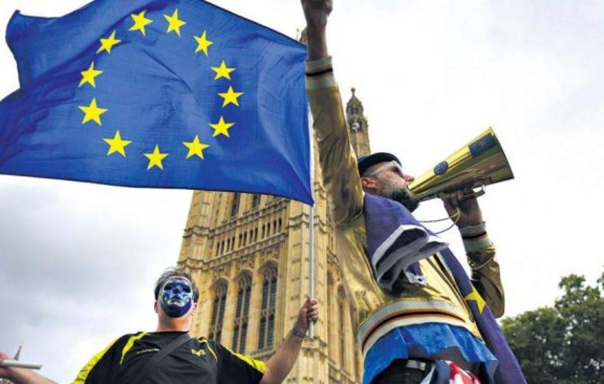 Fuego cruzado en la negociación del Brexit