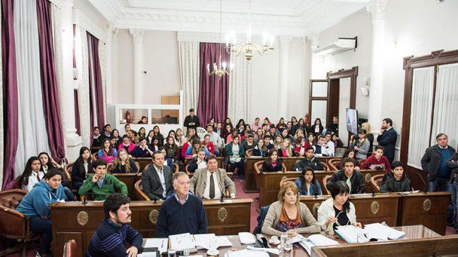 Paraná Campaña: Alumnos de 13 localidades expusieron sus proyectos en el Senado