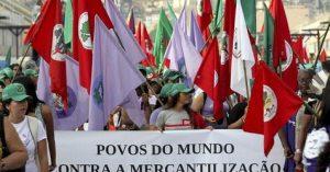 """Los """"Sin Tierra"""" brasileños ocupan un ministerio reclamando reforma agraria"""
