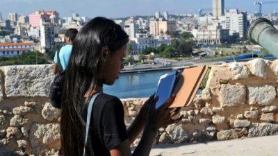 Cuba rebaja 33% la tarifa de internet