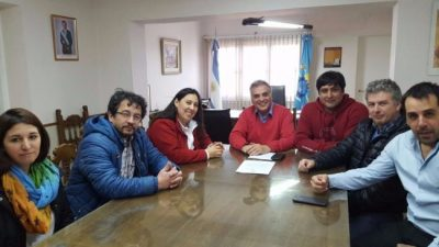 El Ejecutivo municipal de Esquel ofreció aumento de 1.000 pesos y 20 pases a planta
