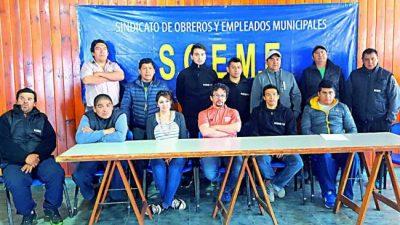 Municipales de Esquel harán asamblea y podrían resentirse los servicios en la jornada de hoy