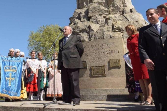 """El intendente de Mar del Plata""""ninguneó"""" a los Pueblos Originarios y dijo que Argentina le debe todo a España"""