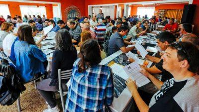 Municipales santafesinos se preparan para enfrentar las políticas de ajuste