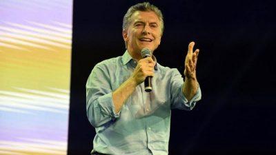 Para celebrar la victoria, y tras dos años de ajuste, Macri volvió a prometer que va a terminar con la pobreza