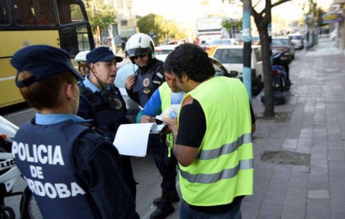 """Los """"naranjitas"""" no habilitados en Córdoba duplican a los permitidos"""