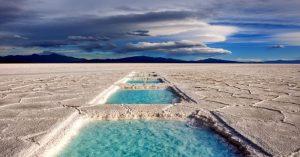 """Las Salinas Grandes, uno de los 17 lugares """"más salvajes y hermosos del mundo"""""""