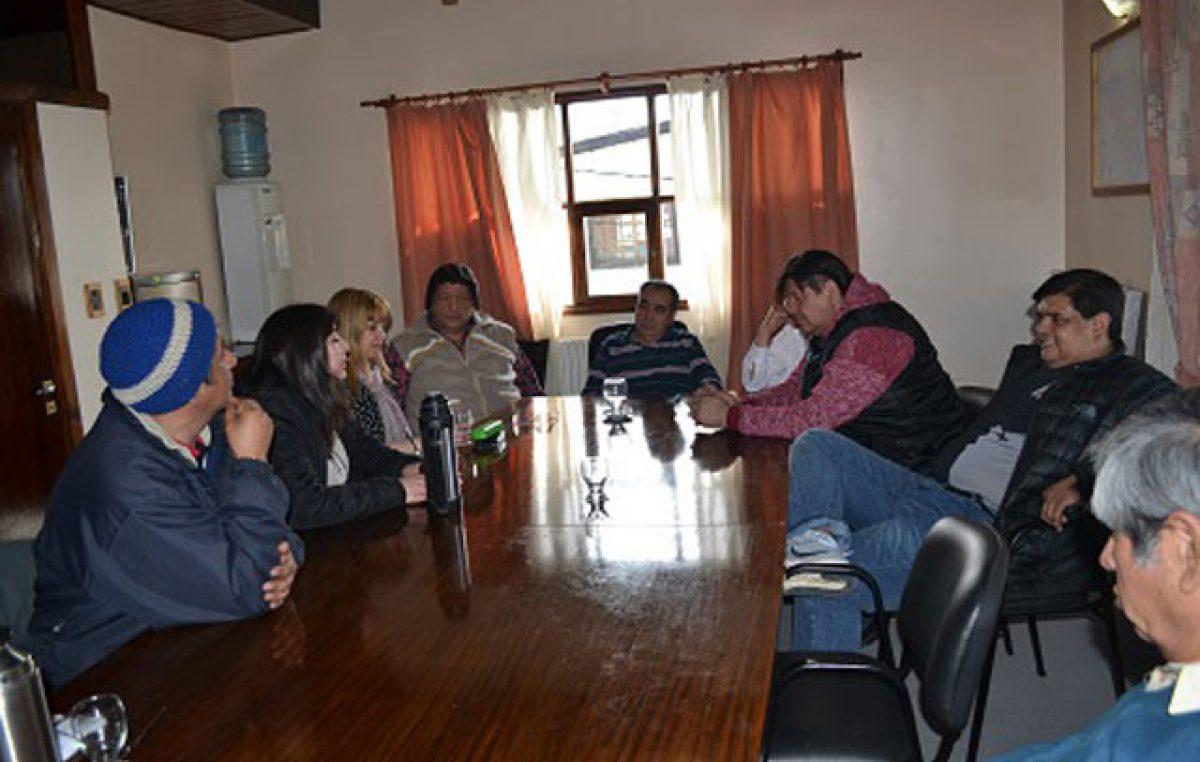 Municipales de Río Turbio cumplieron 178 días de paro