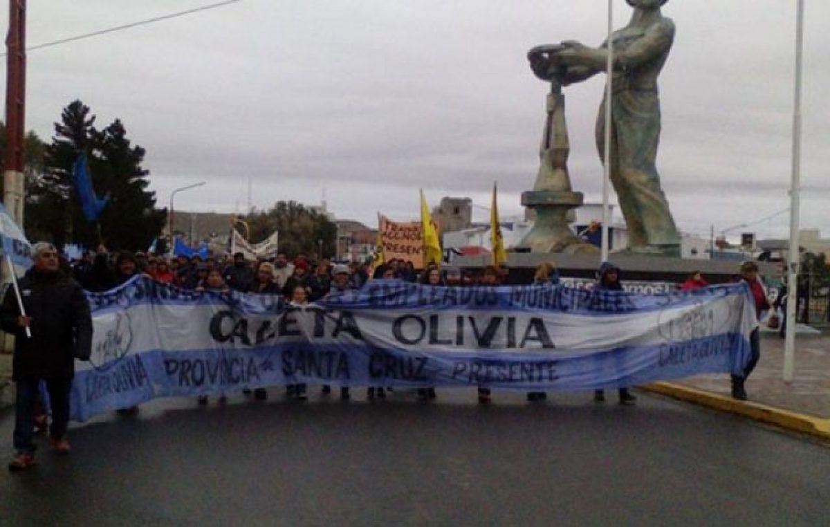 Post elección: municipales de Caleta reclamaron por sus sueldos