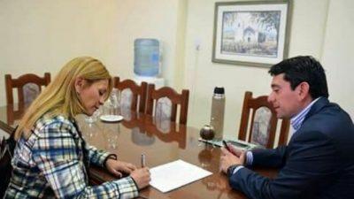 Firma de convenio entre las comunas de Fiambalá y FME