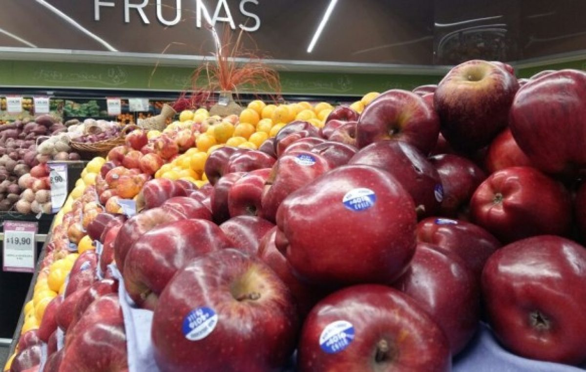 Salta 500% la importación de manzanas desde Chile
