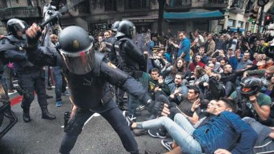 Cataluña votó pese a la represión del Estado español