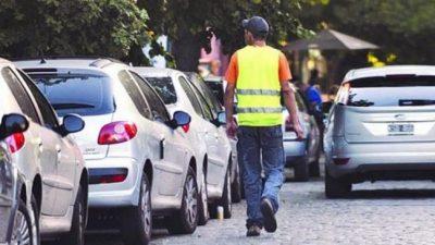 La Municipalidadde Rosario regulará la actividad de los trapitos en la avenida Pellegrini