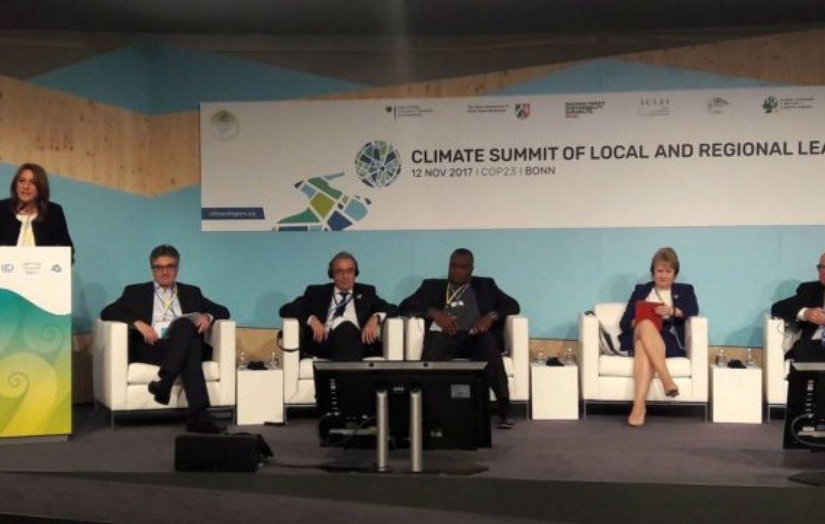 La Intendenta de Rosarioexpuso en un panel de la ONU contra el cambio climático