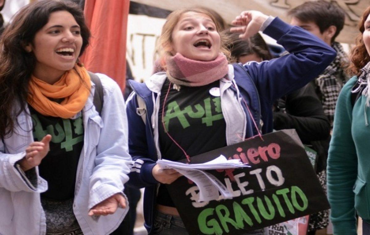 Creen que el Presupuesto de Vidal podría dejar a universidades del interior sin boleto estudiantil