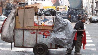 Alarmantes números del INDEC: una familia necesitó $15.676,56 en octubre para no caer en la pobreza