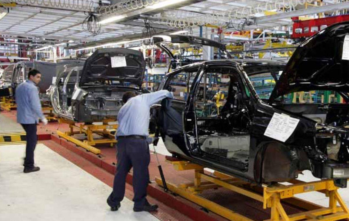 """Tandil: una histórica fábrica automotriz cierra y prepara """"retiros voluntarios"""" para tapar la crisis"""