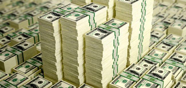 Economistas advierten que si Argentina se sigue endeudando podría caer en un nuevo default