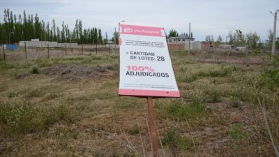 El intendente de Neuquéndenunció que la municipalidad fue estafada con la venta de lotes