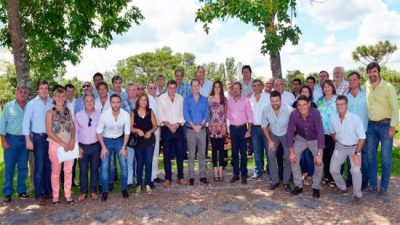 Intendentes justicialistas de Entre Ríos apoyaron los cambios en el Gabinete provincial