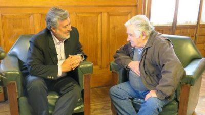 Pepe Mujica en cierre de campaña de Guillier