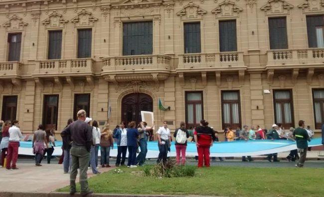 Suárez: Trabajo dictó la conciliación obligatoria para los municipales