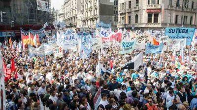 En el marco de un paro nacional, esperan masiva marcha en contra de las reformas del gobierno