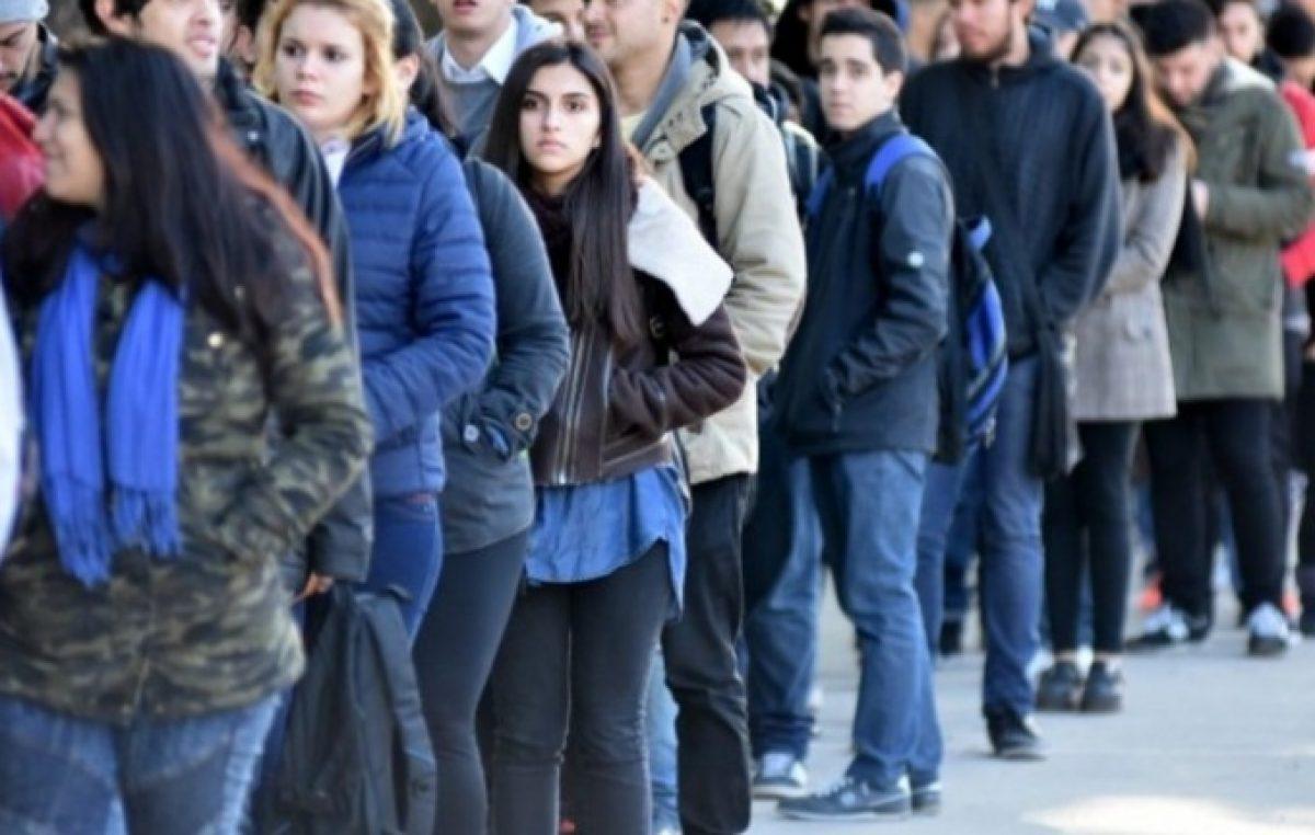 La desocupación se profundiza en la juventud y las mujeres son las más perjudicadas