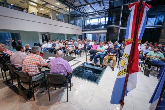 Municipales de Santa Fe se declararon en Estado de Alerta contra el Ajuste