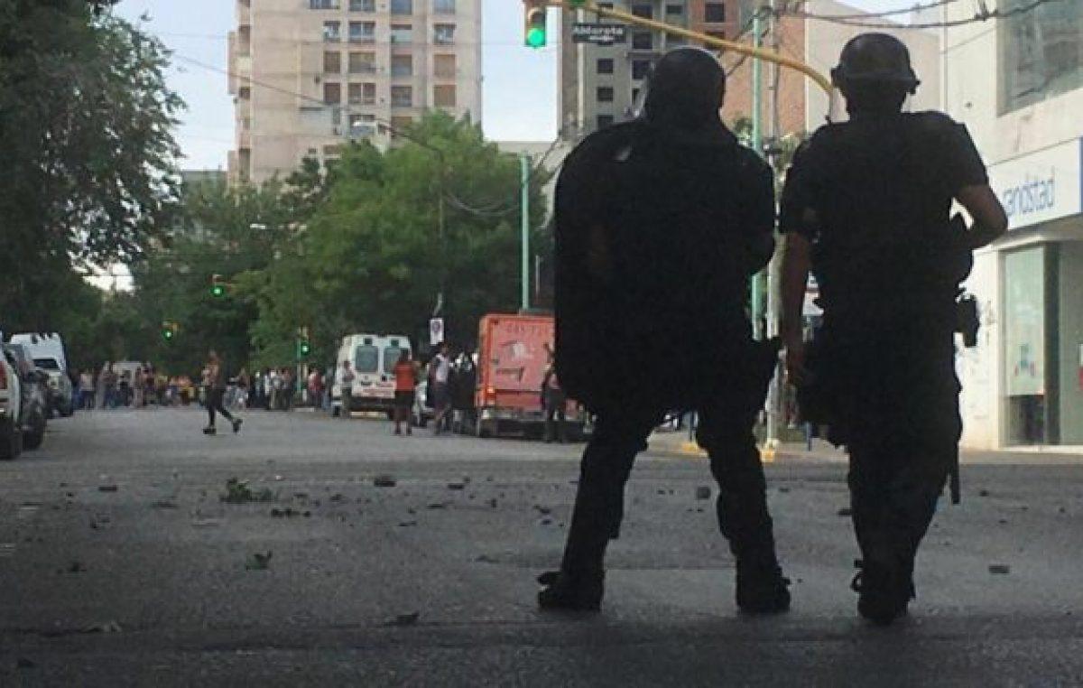 Neuquén: brutal represión policial contra los trabajadores de la salud