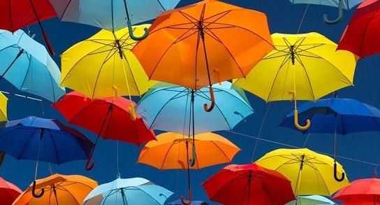 Rosario tiene su propia calle de los paraguas