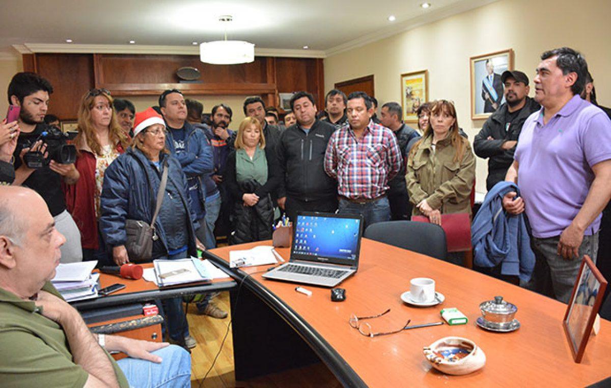 Río Gallegos: Sin fecha de pago del aguinaldo, SOEM inició paro total de actividades