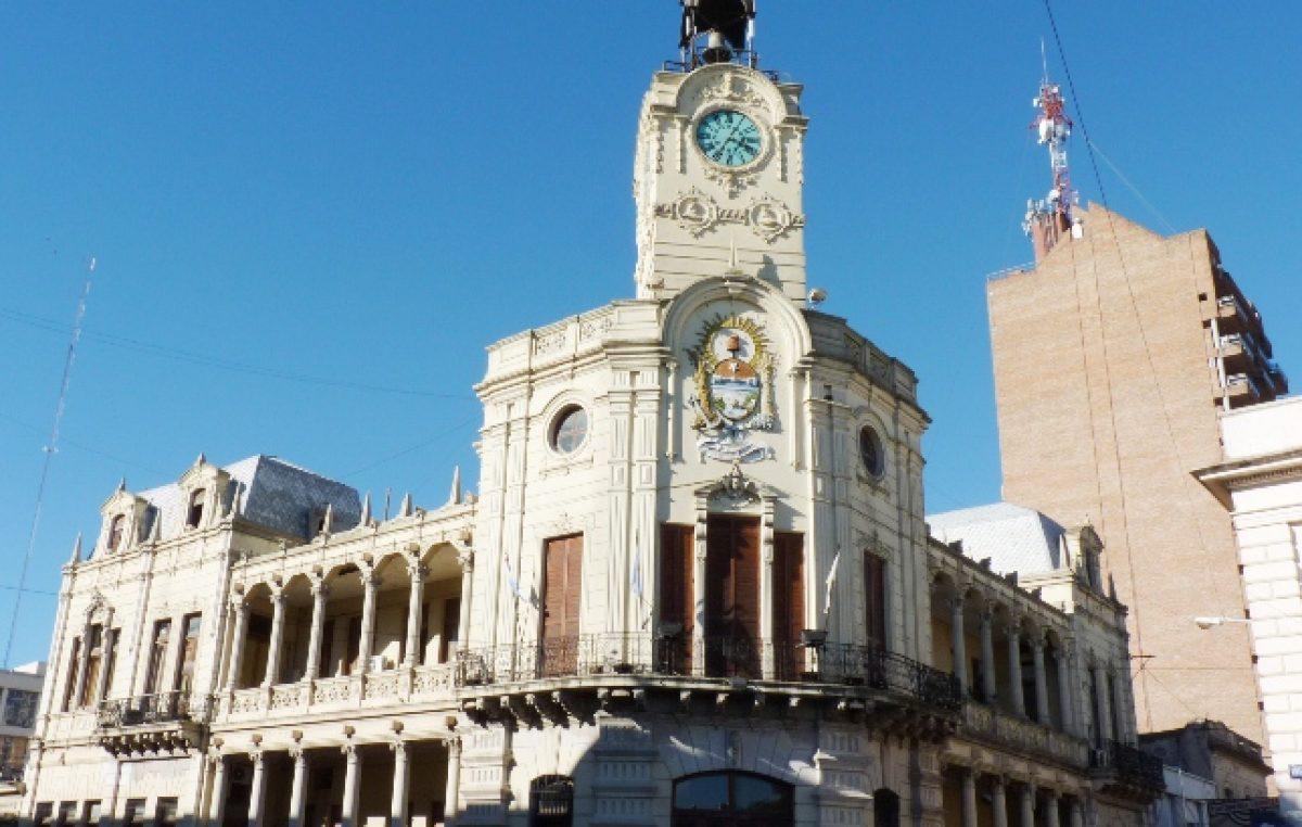 Municipales de Paraná pidieron un bono navideño de ocho mil pesos