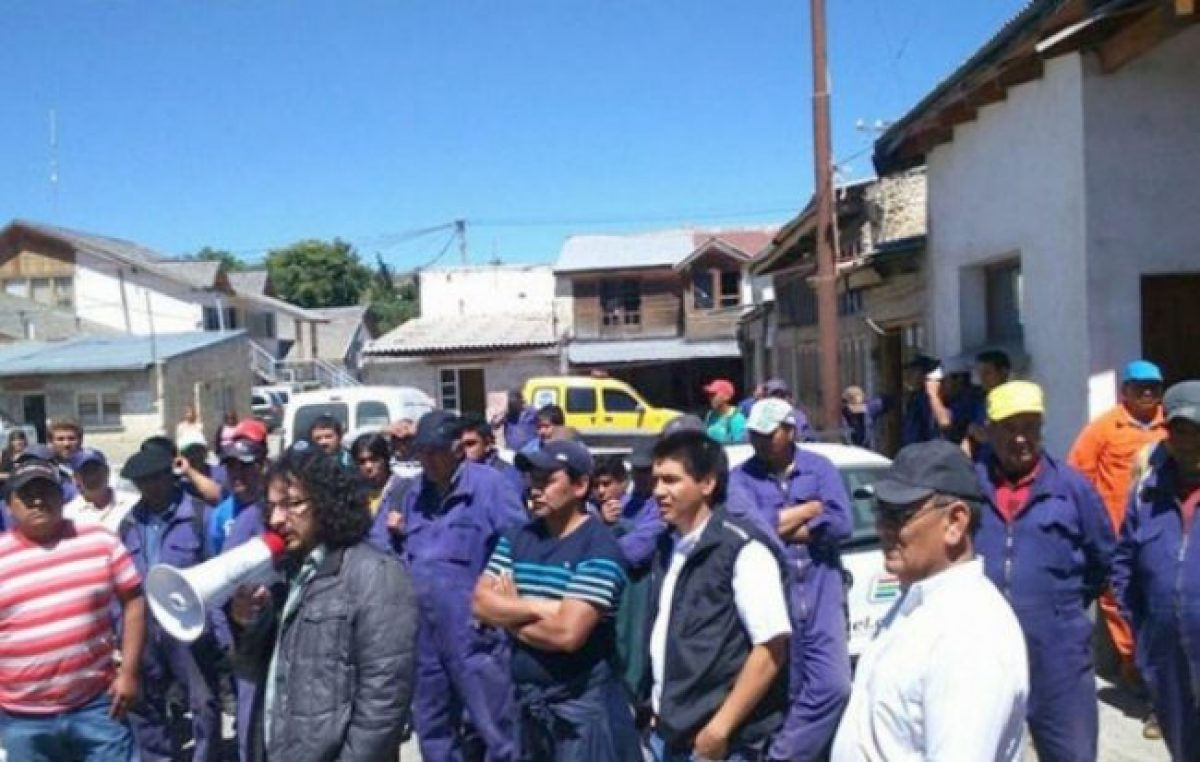 SOEME Esquel declaró una retención de servicios en municipios de la región