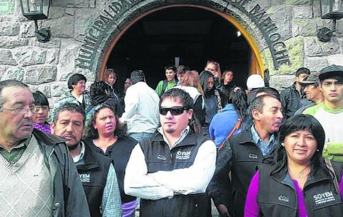 """Los municipales de Bariloche anticipan que la paritaria """"va a ser durísima"""""""