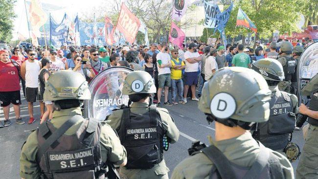 Marcha y contracumbre en rechazo a la OMC