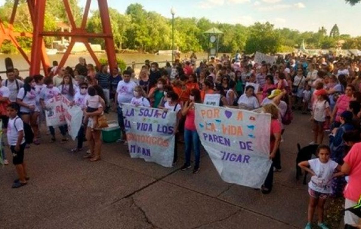 Gualeguaychú marchó para pedir soluciones al incremento de casos de cáncer