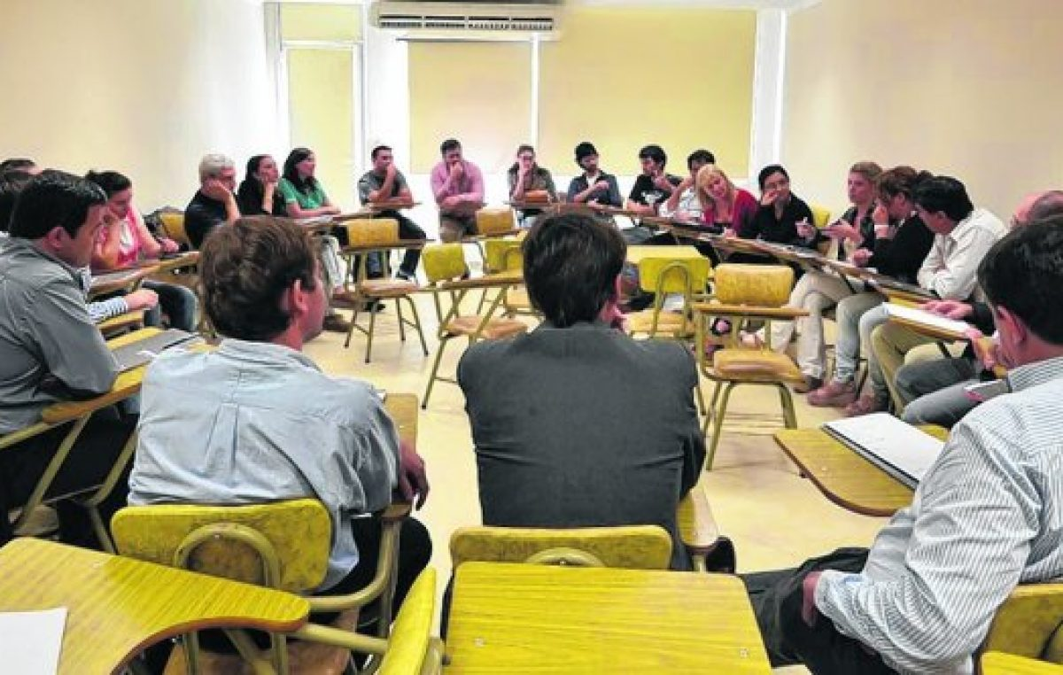 Capacitarán a intendentes, edilesy jefes comunales santafesinos