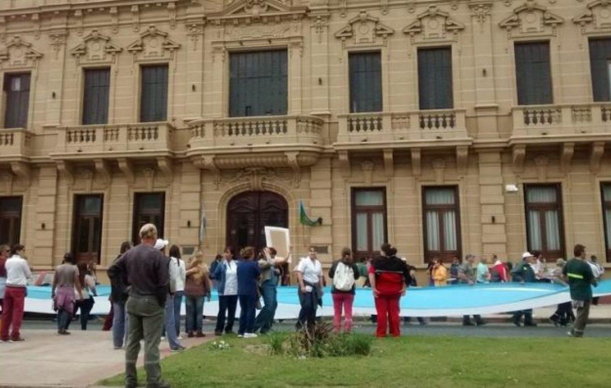 Salarios 2018: Suárez podría ser un caso testigo de la aceptación o el rechazo a la pauta que bajó el gobierno