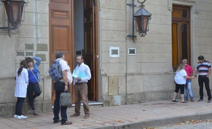 Cláusula gatillo: el intendente de Pringles ofreció un bono de 300 pesos y una suba del 15% para 2018