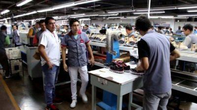 Continúa la crisis laboral que afecta a los municipios de Buenos Aires y deja familias en la calle