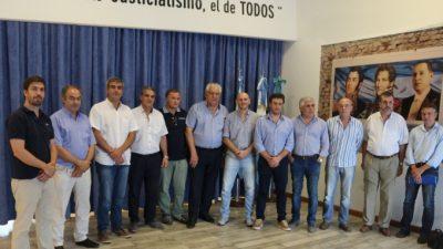 Cónclave de intendentes peronistas en Alberti en rechazo al Pacto Fiscal de Vidal