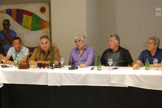 Crece la tensión entre los gremios y el Gobierno: sindicalistas rechazan el techo a las paritarias