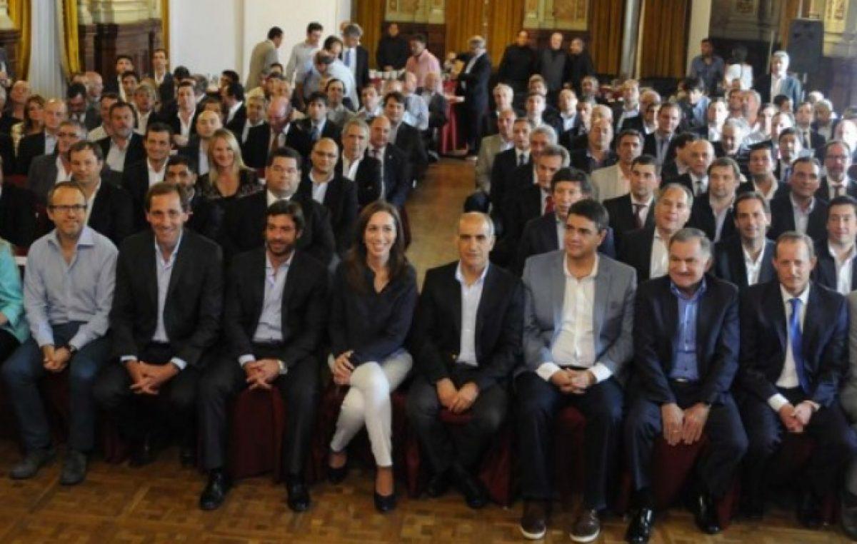 Vidal oficializó la adhesión al pacto fiscal y se aseguró los $65 mil millones del Fondo del Conurbano
