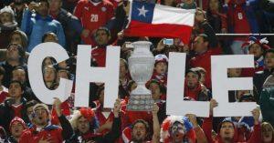 """Polémica: chilenos se ven """"más blancos y menos sucios"""" que los inmigrantes"""