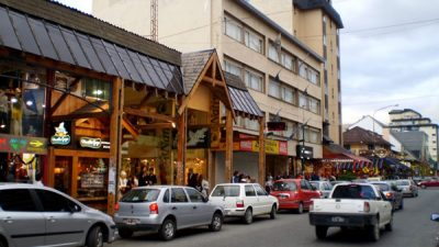 Comerciantes de Barilocche se quejan por presión fiscal