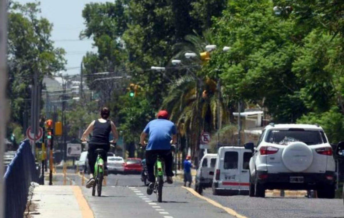Más de 30.000 usuarios se suben a las bicis de Mendoza y Godoy Cruz para trabajar y pasear